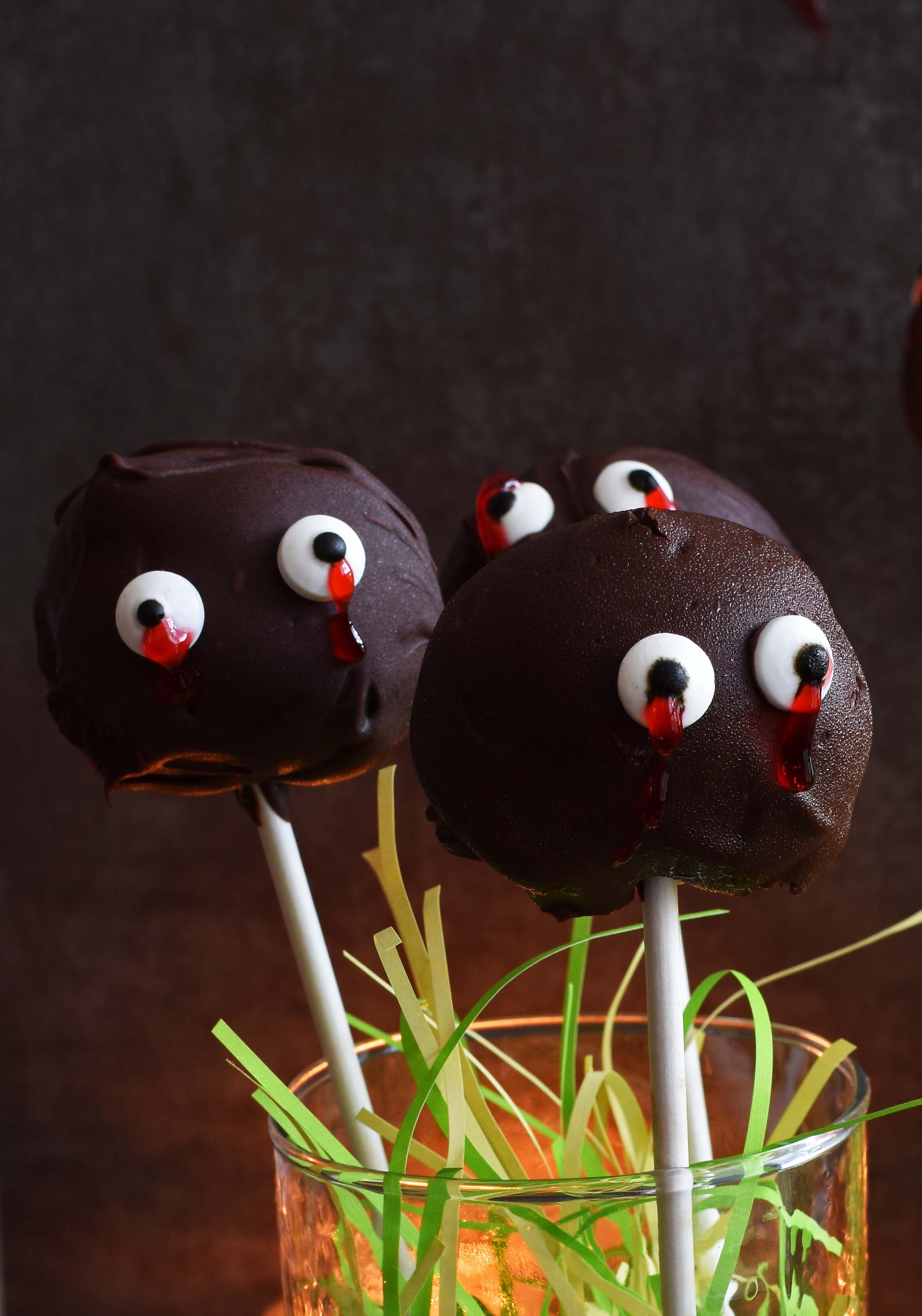 Chocolate Monster Lollipops- Pepper Delight #pepperdelightblog #recipe #lollipop #halloween #eggless #chocolate #no baking #fallrecipes