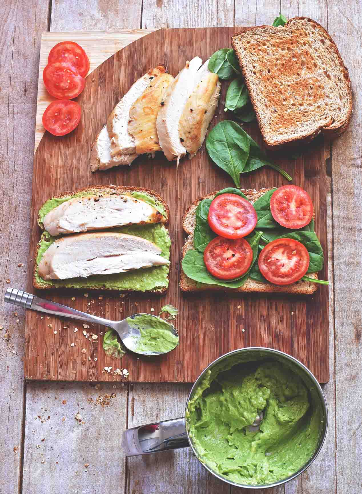 Roast Chicken Sandwich with Green Delight Sauce - Pepper Delight #pepperdelightblog #recipe #chicken #turkey #wholeroastedchicken #sandwich #greensauce #christmasrecipes #leftoverrecipes #avocado #5minuterecipes