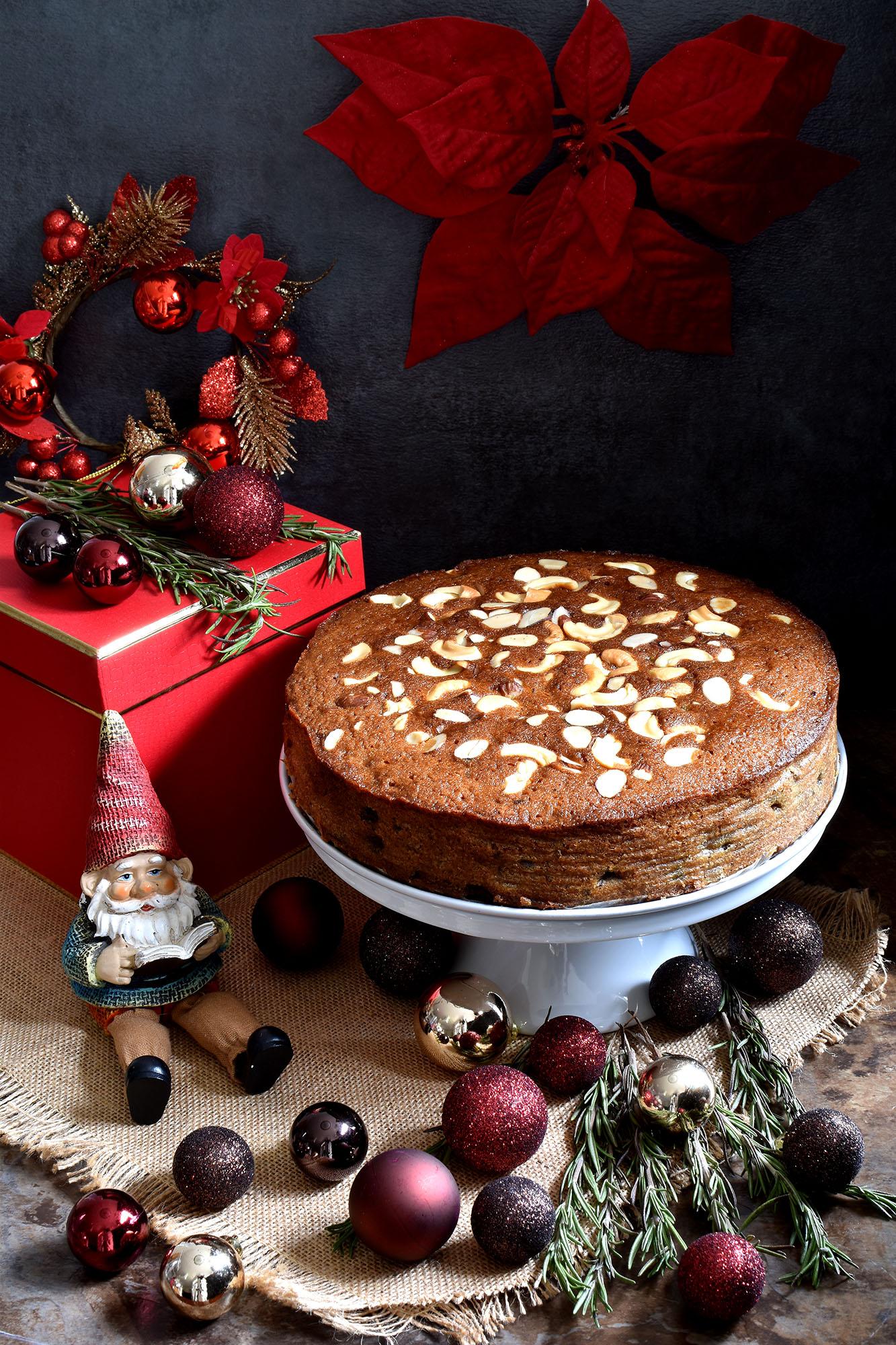 christmas fruit cake non alcoholic pepper delight - Christmas Fruit Cake Decoration