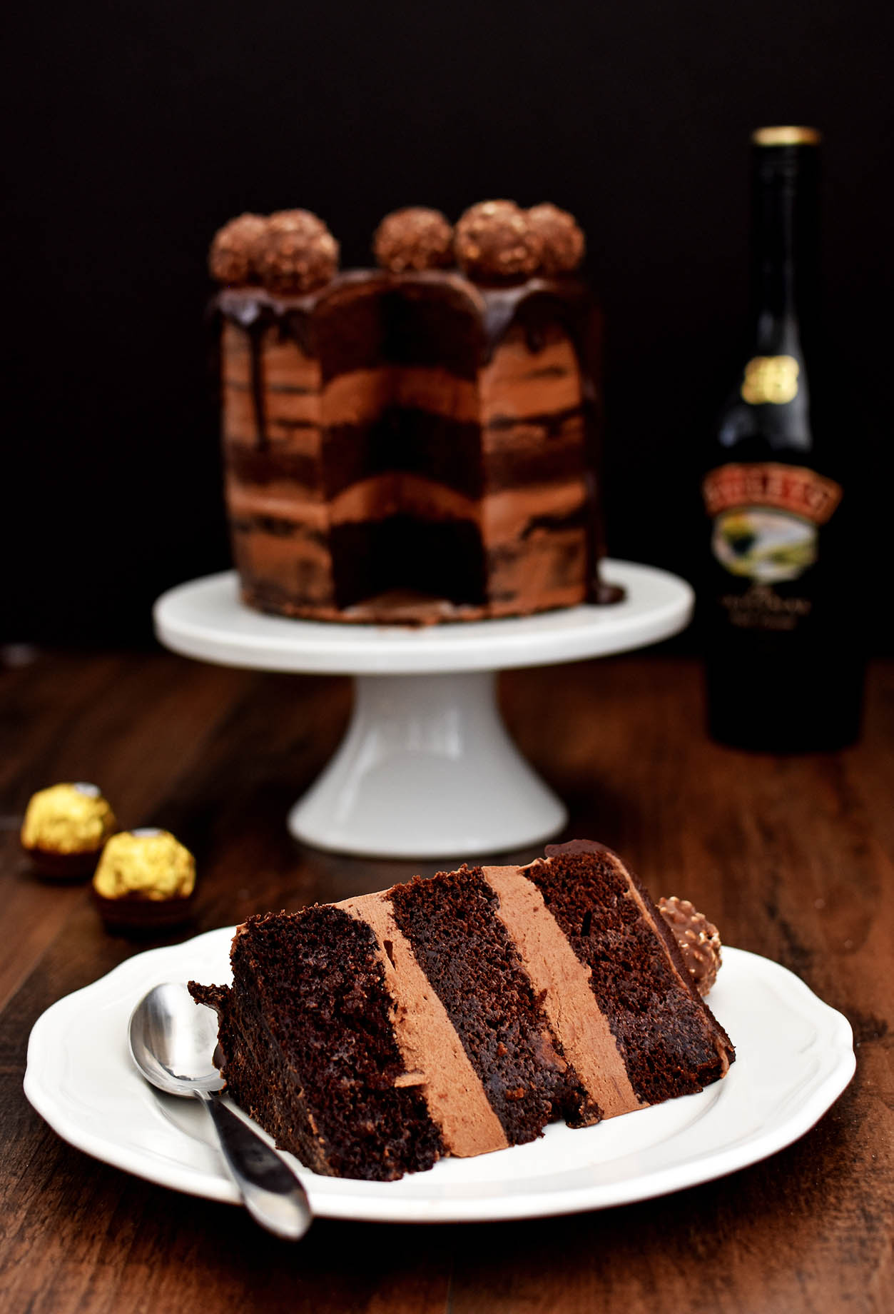 Chocolate Hazelnut Semi Naked Cake with Dark Chocolate Ganache - Pepper Delight #pepperdelightblog #recipe #cake #thanksgiving #newyear #seminakedcake #bloganniversary #hazelnutcake #ganache #holidayrecipes #chocolatecake #party #festivals