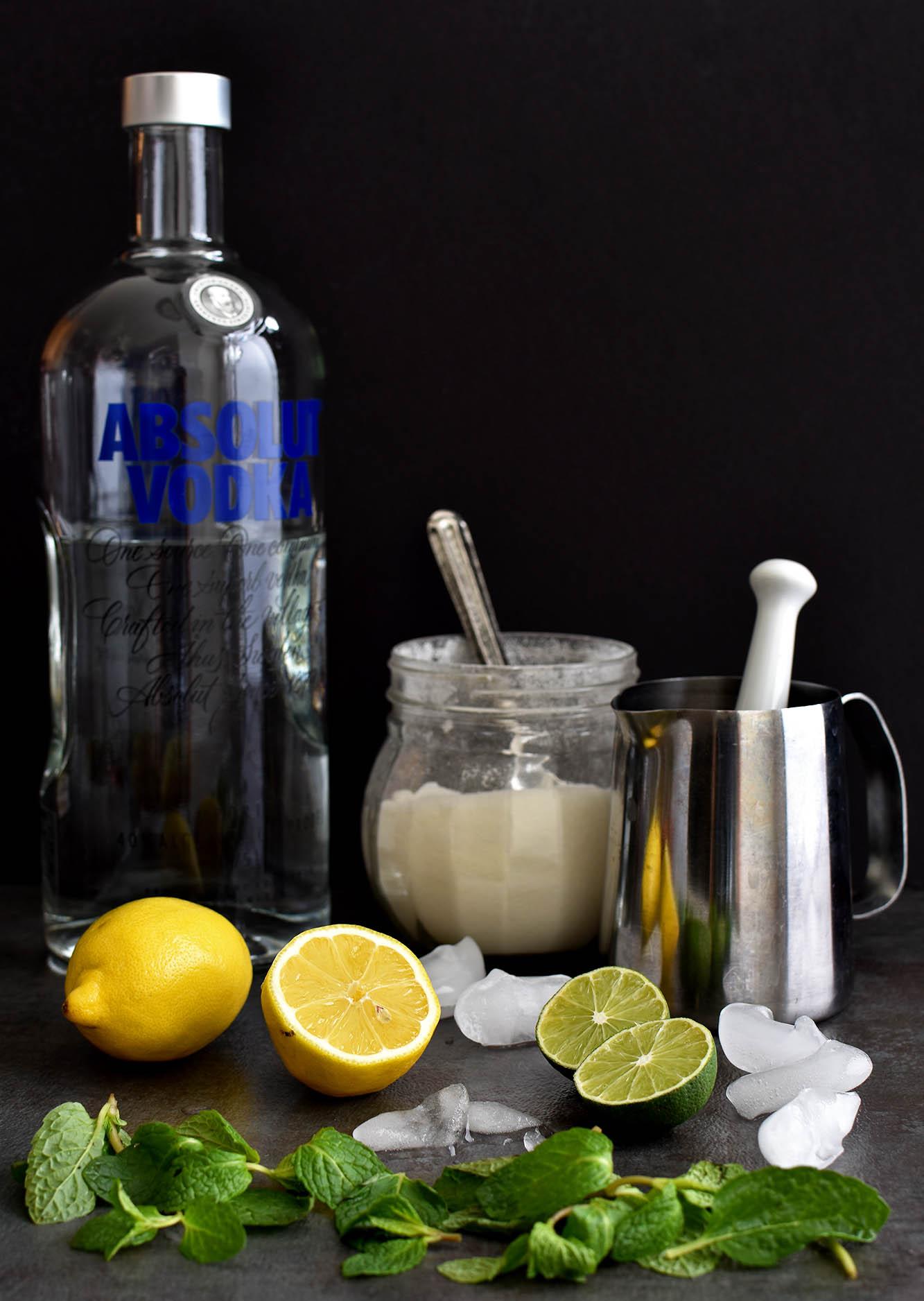 Coastal Mojito - Pepper Delight #pepperdelightblog #recipe #drink #mojito #summerdrink #cocktail #festival #classicmojito #cuban #vodkamojito #partydrink #gameday #vodka #sprite
