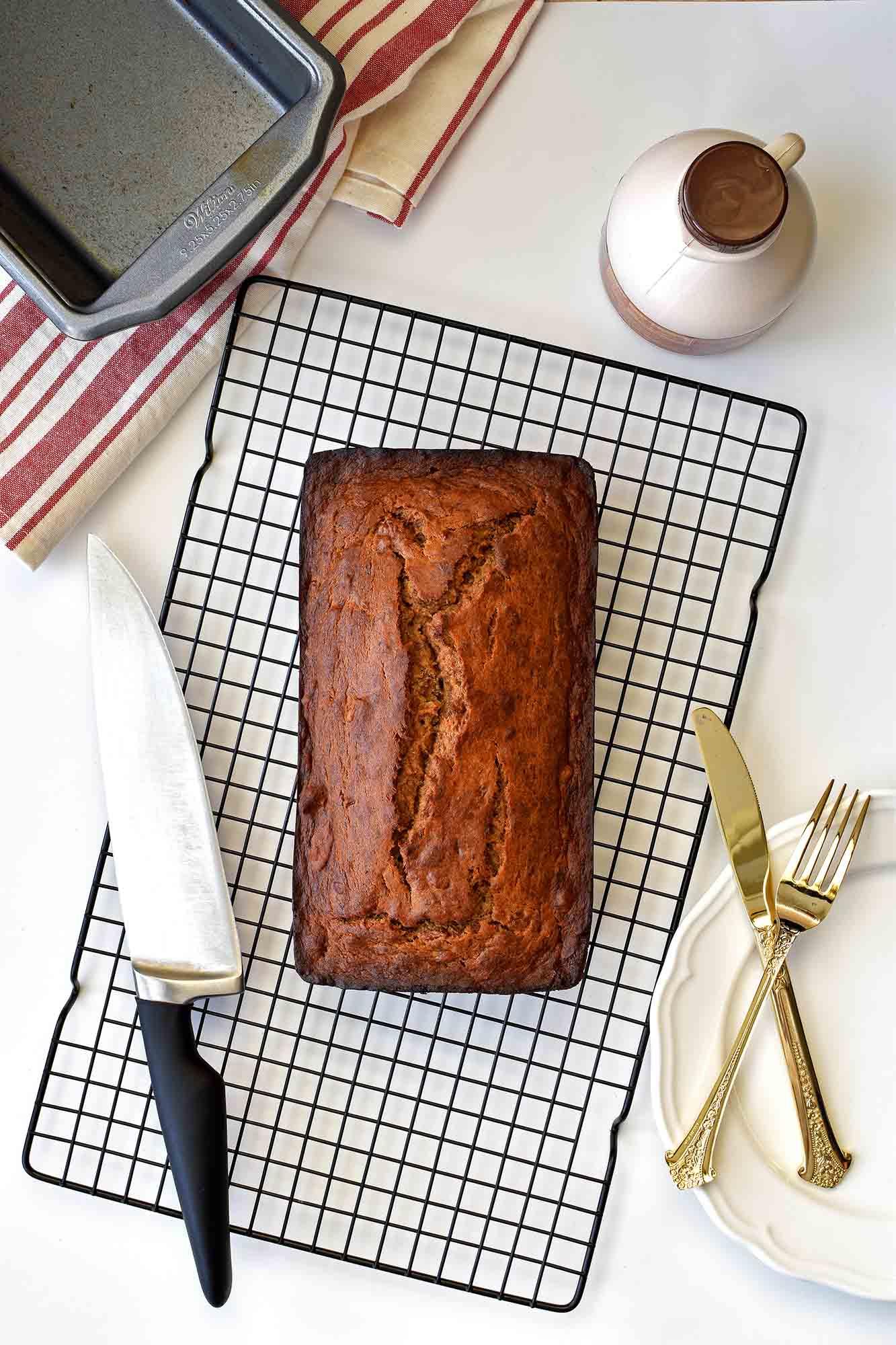Whole Wheat Banana Bread - Pepper Delight #pepperdelightblog #recipe #bread #cake #bananabread #wholewheat #healthy #breakfast #honeycake