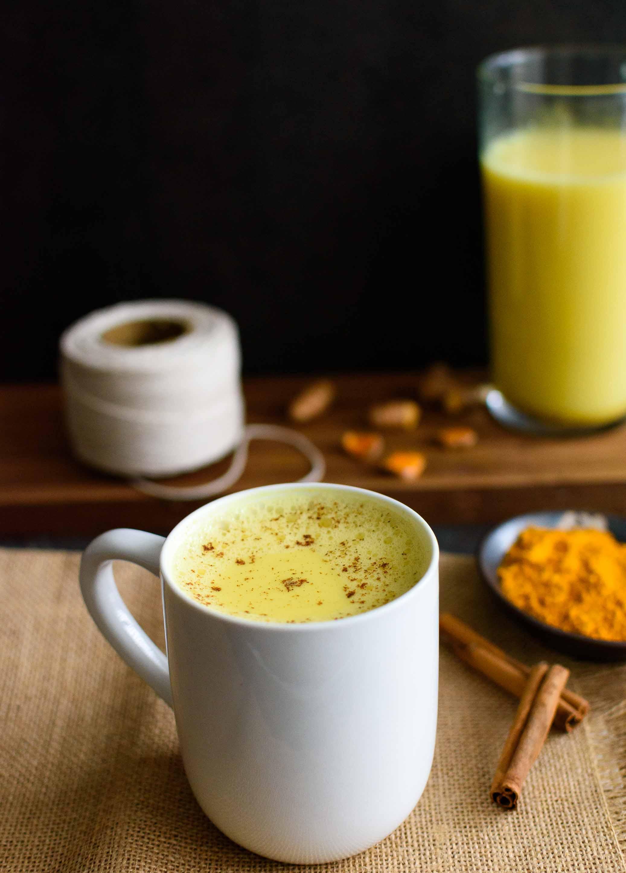 Turmeric Milk- Pepper Delight #pepperdelightblog #recipe #turmericmilk #healthy #turmeric #superfood #2018foodtrend #cleaneating #vegan #glutenfree #breakfast #haldidooth #goldendrink #goldenmilk #indianrecipes #healingdrink #plantbased #detox #drinks #cleansing #curcumin