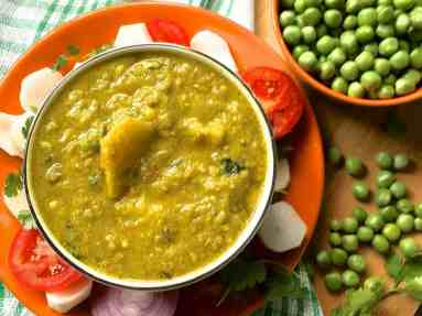 A classic recipe from Eastern Uttar Pradesh,delicious Mutter ka Nimona with green peas are a regular part of a winter meal in Awadhi cuisine.