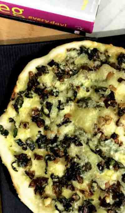 Easy Kale and Onion Pizza – Healthy and Delicious