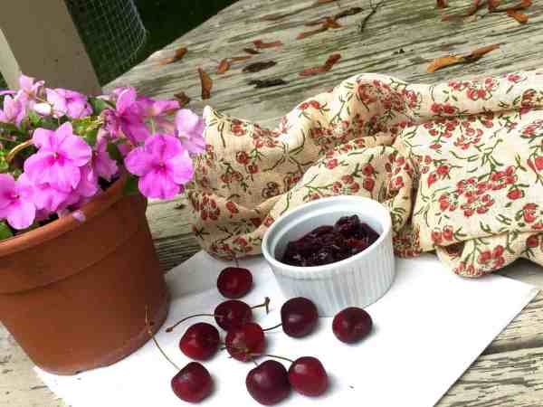Easy Homemade Cherry Compote of fresh dark red cherries with cinnamon and vanilla extract