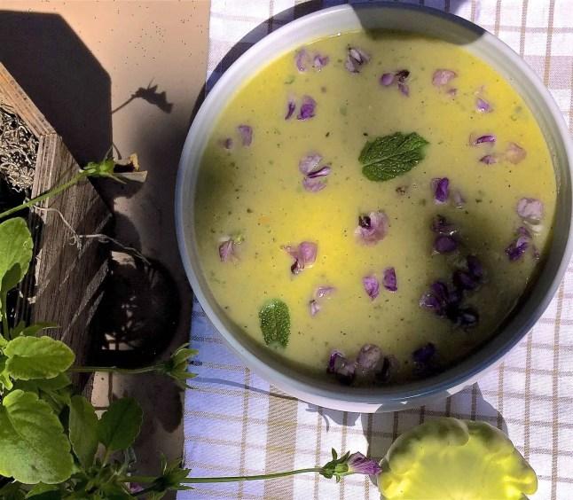 Patty pan squash mint soup