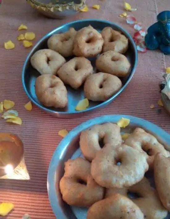 Easy Navaratri Naivedyam and Sundal Recipes for Navaratri Pooja for busy Moms. No Onion Garlic. Simple Sundal prasadam recipes for kolu