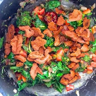 Add fried badi pieces