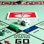 Lecciones de Monopoly para los bienes raíces de veritas
