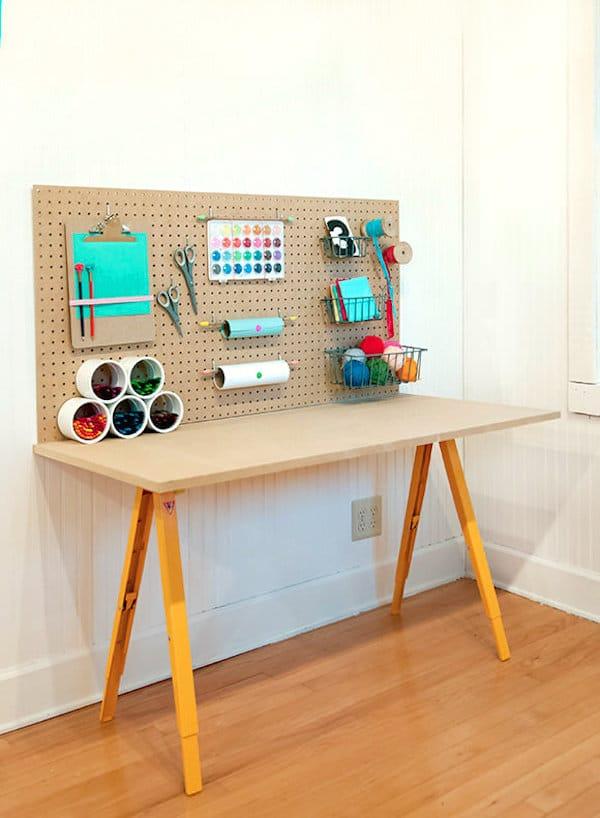 Habitaciones infantiles escritorios en orden