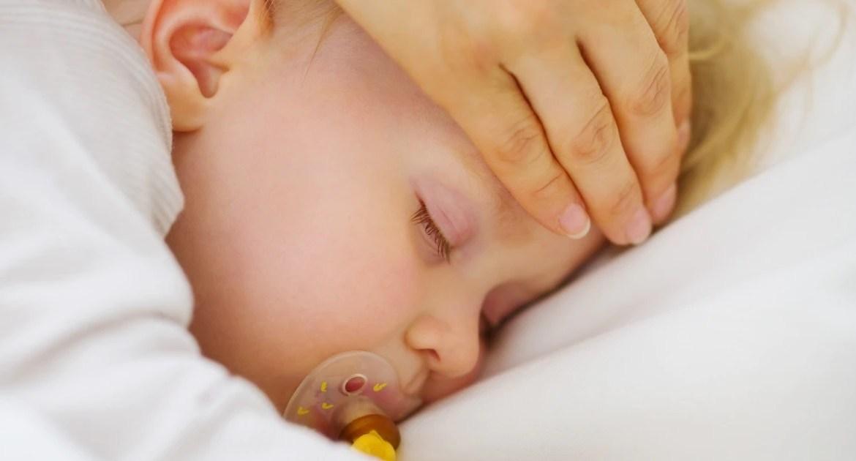 Fiebre en los bebés y niños: Síntomas y tratamiento