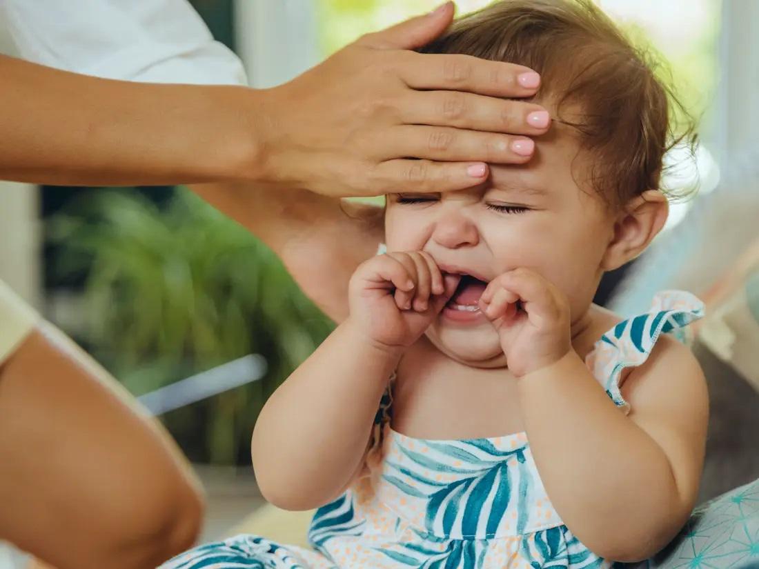 sintomas de la fiebre bebe