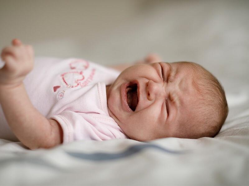 como saber si mi bebé tiene colicos