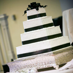Black And White Green Wedding Cakes Design