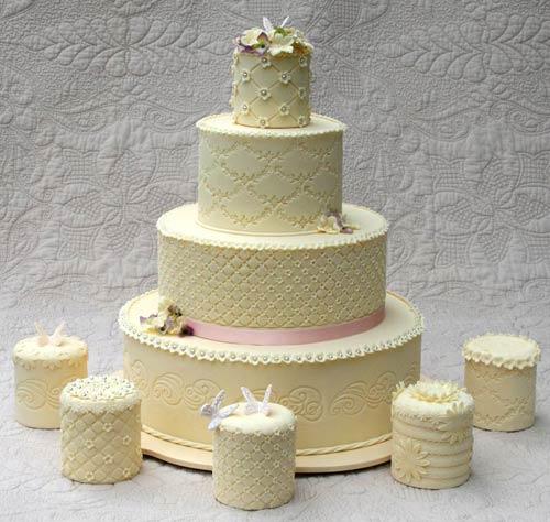 Mini Wedding Cake Ideas