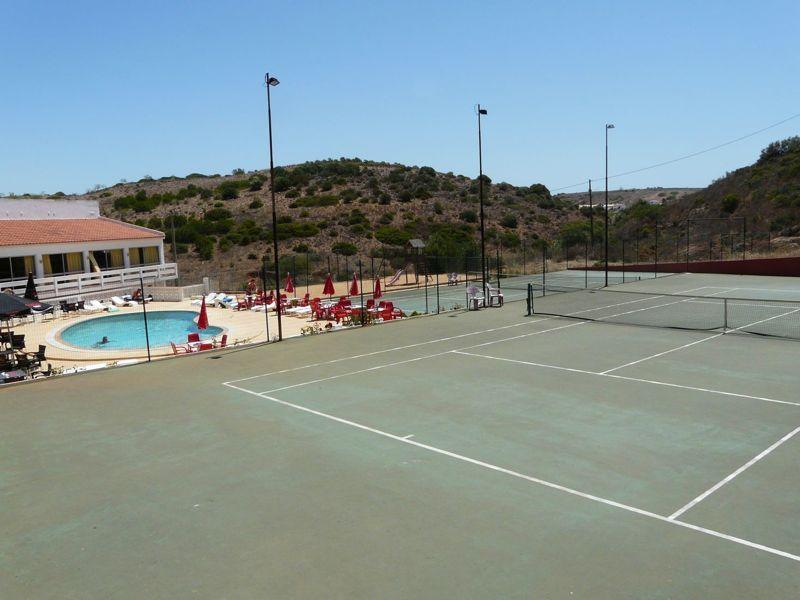 Activities - Photo of Local Tennis Club