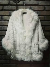 vintage styled fur cape Paris cream