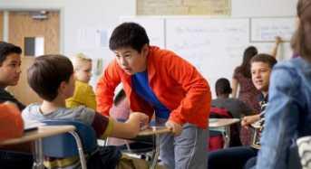Τι Μπορώ να Κάνω αν με Εκφοβίζουν στο Σχολείο;