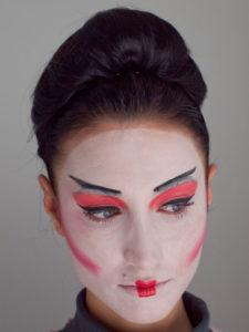 Geisha Schminkanleitung Und Kostüm Selber Machen Perfekt Schminken