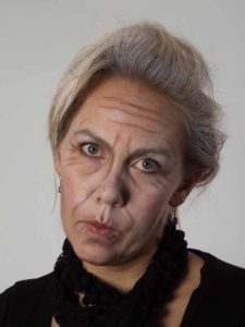 Oma Kostüm Alte Frau Schminkanleitung & Kostüm