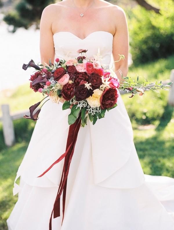 lush oxblood bouquet