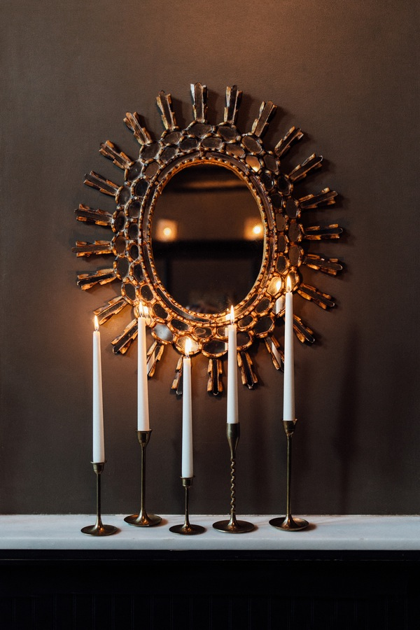 black and gold styled shoot-7