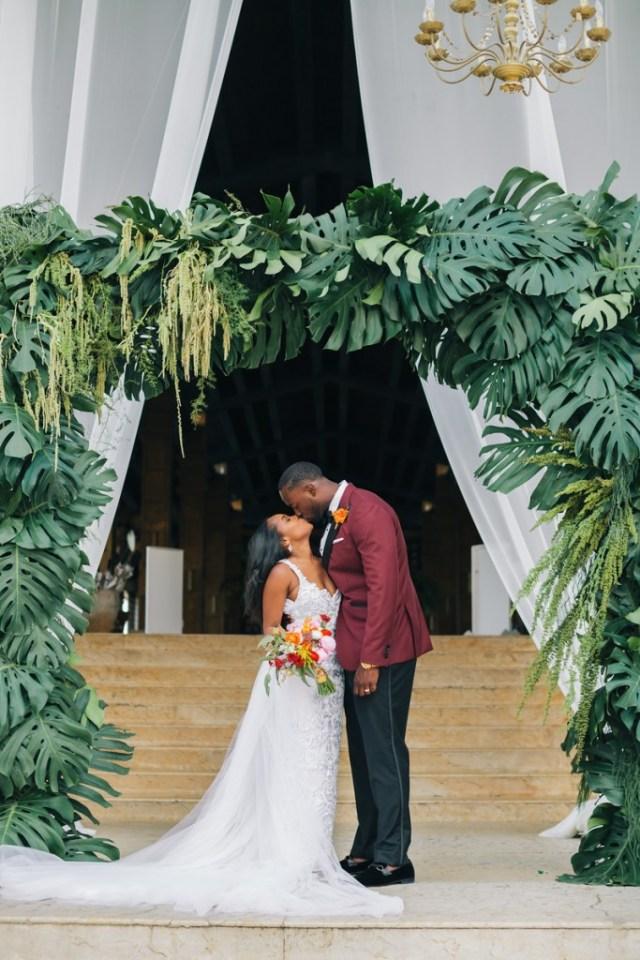 destination-mexico-wedding-at-the-dreams-riviera-cancun-10