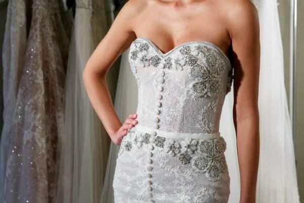 Netta Benshabu button up wedding gown