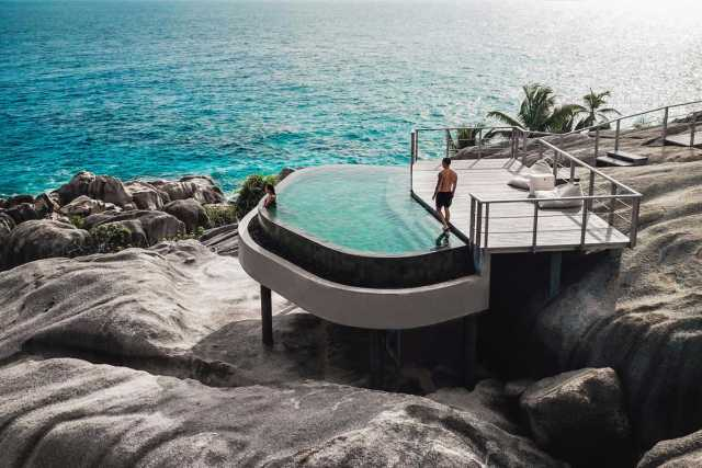 infinity pool overlooking the ocean