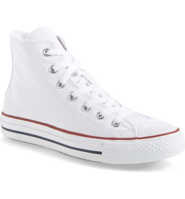 Converse white sneaks