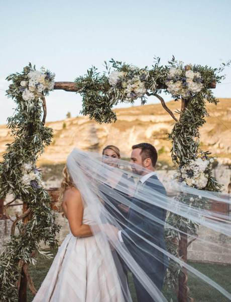 Jaw-dropping Destination Wedding in Matera, Italy-27