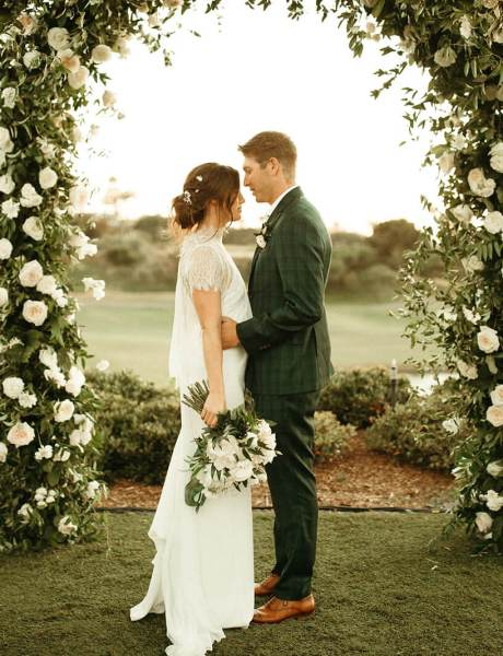 Stunning Emerald and Ivory Outdoor Wedding-42