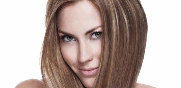 3 dicas para disfarçar os fios de cabelo branco