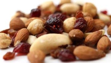 Alimentos que ajudam a emagrecer (e outros que atrapalham)