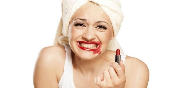 8 erros imperdoáveis na maquiagem