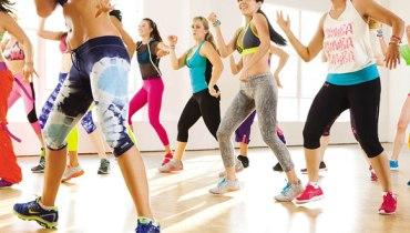 Aula de dança para emagrecer: Zumba Fitness