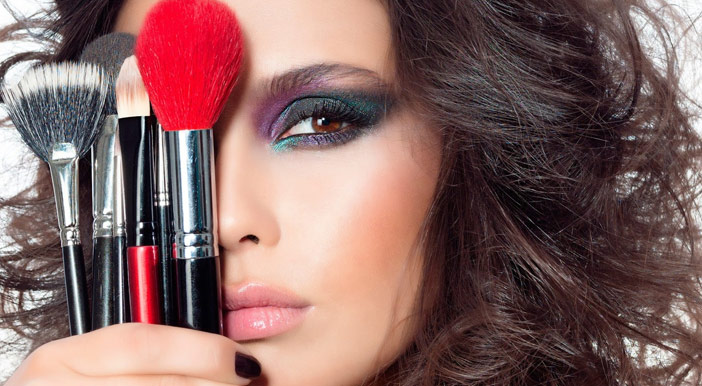 Make Total: curso de maquiagem profissional online