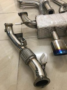 INVIDIA HS13FFSDPN Downpipe 76mm for FORD FOCUS ST250 (adapter for stock catback included)
