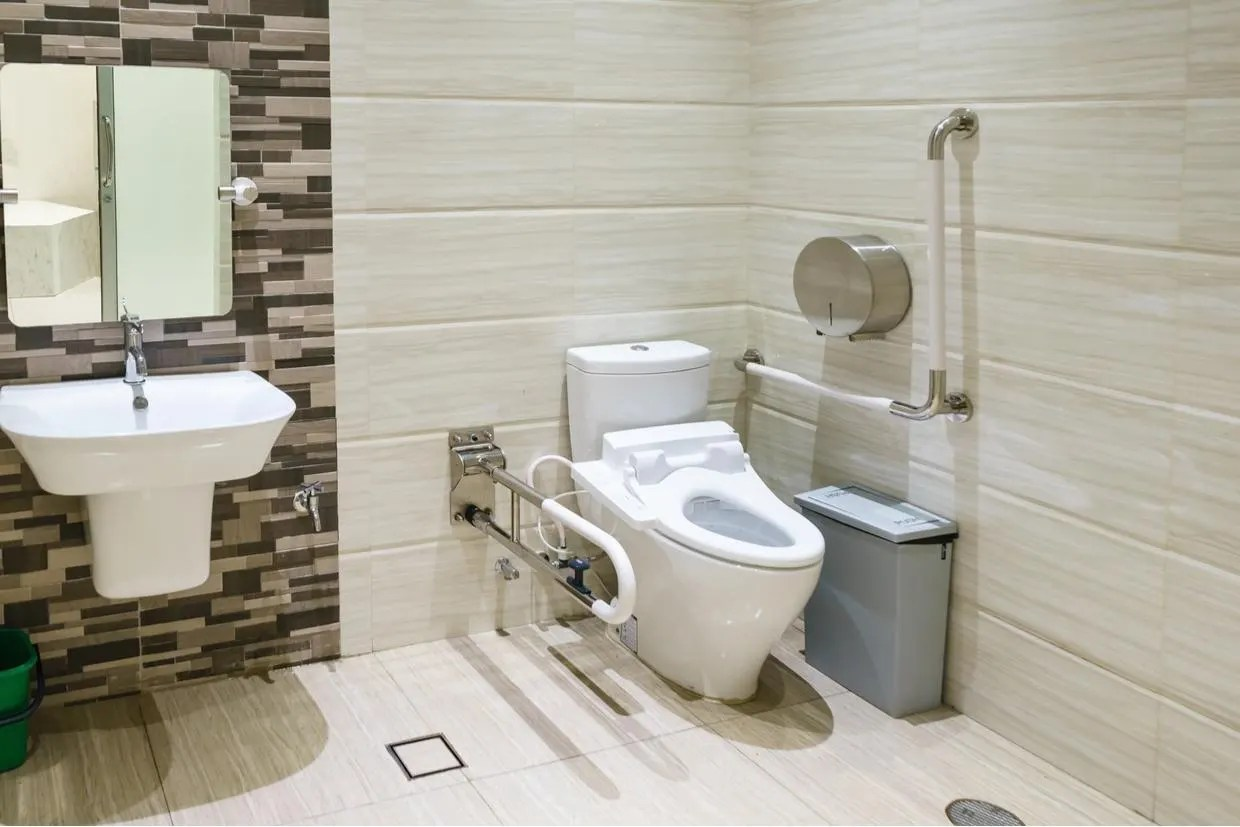 the best toilet surrounds risers