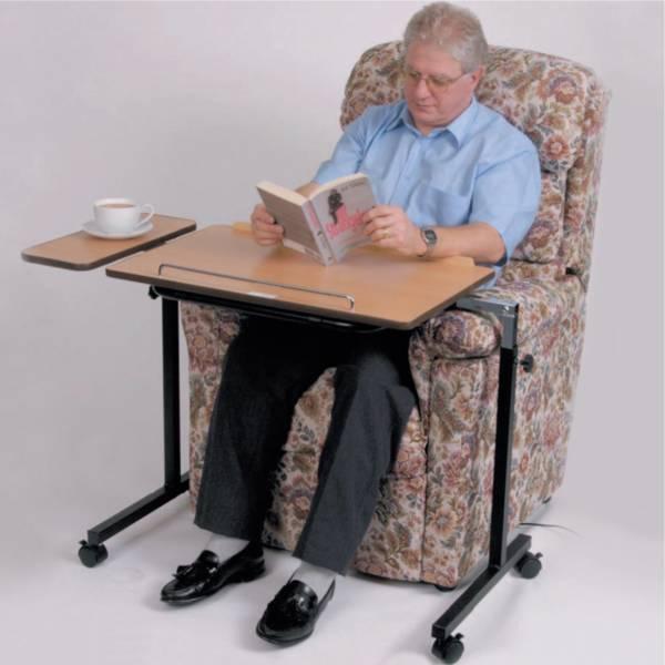 table de lit et fauteuil autonomie