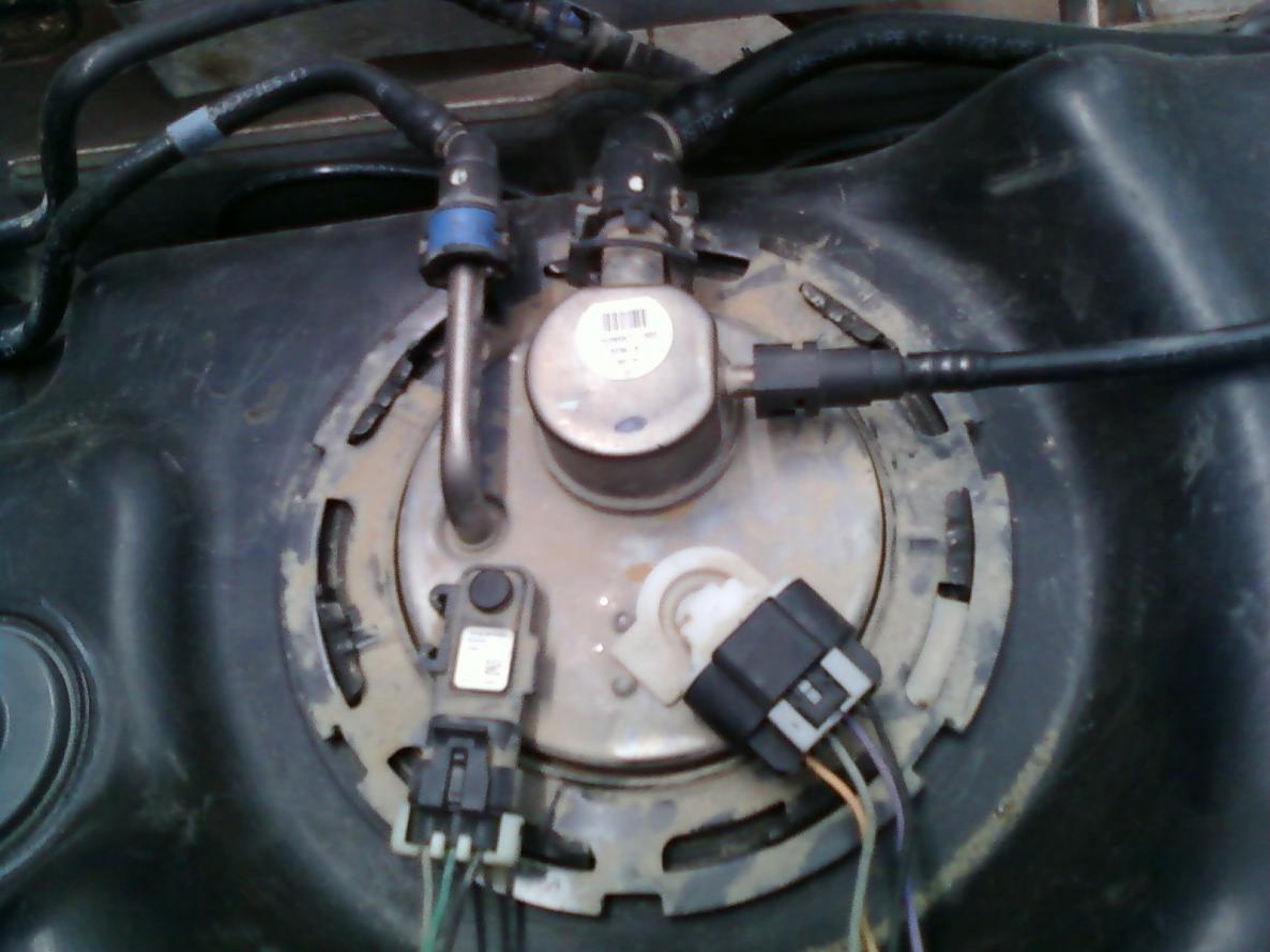 hight resolution of oem fuel pump wiring help