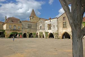 Grottes de Maxange, Bastide de Monpazier, Château de Biron @ Maxange   Le Buisson-de-Cadouin   Nouvelle-Aquitaine   France