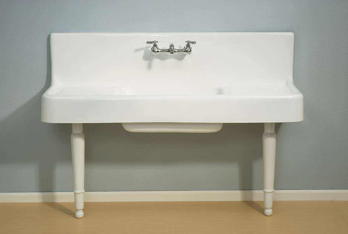 traditional farmhouse 5 porcelain kitchen sink with drainboard and backsplash with porcelain legs