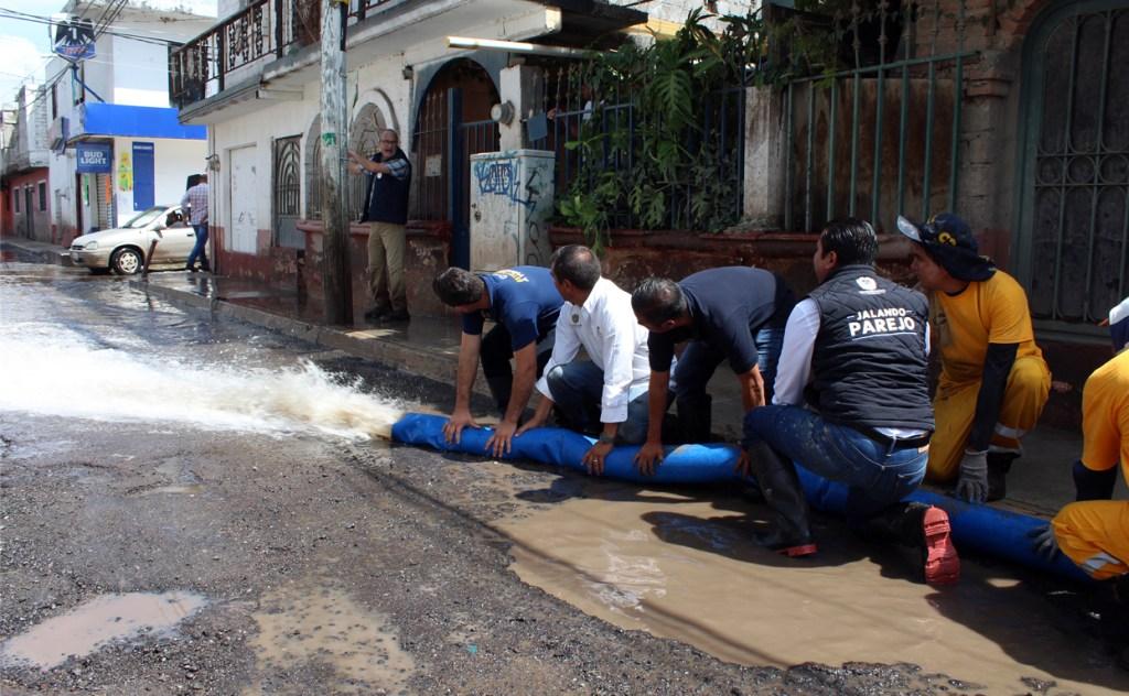 Lluvias torrenciales se presentaron en la ciudad por alrededor de 12 horas continúas, lo que provocó los daños a 33 viviendas.
