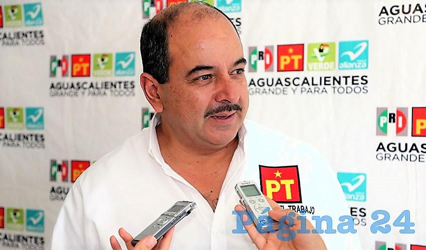 El Dirigente del Partido del Trabajo (PT) en Aguascalientes, Héctor Quiroz, fue detenido por la Procuraduría General de la República (PGR), por un presunto fraude de 100 millones de pesos. Foto: Internet por Página 24.