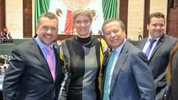Hugo Cabrera recibe a la rectora de la UAQ en la Cámara de Diputados