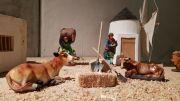 """Presentan el nacimiento miniatura """"más de 36 metros de historias"""" en el CECEQ."""