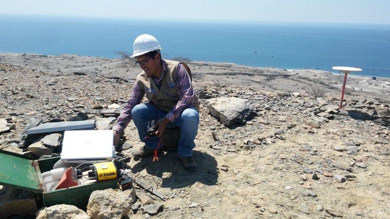 Científicos de la UNAM instalan moderna instrumentación para medir peligrosidad de terremotos y tsunamis