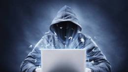 Hackers le roban a UBER información de 57 millones de clientes.